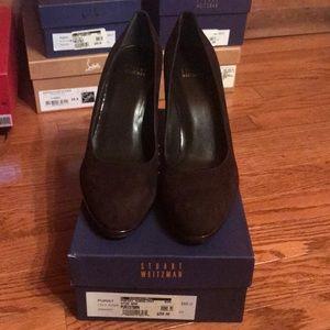 Stuart Weitzman brown suede pumps heels